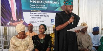 Ibrahim Babajide Obanikoro offers Financial Grants to Petty Traders in Eti-Osa to affirm his Commitment to Development