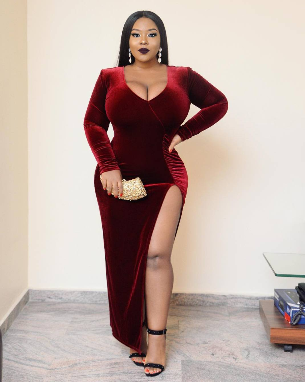 25035702 2045942188953337 2451794407477739520 n - This Curvy Influencer Will Show You How To Look Stylish If You Are Plus Size