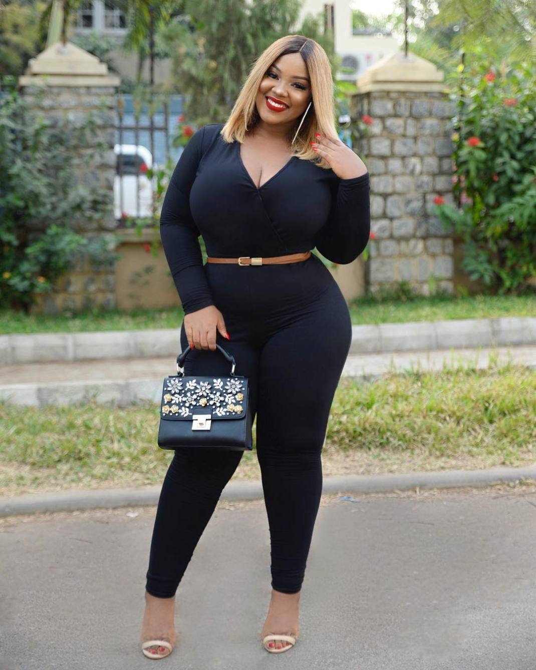 26362824 394631324295141 558641517107871744 n - This Curvy Influencer Will Show You How To Look Stylish If You Are Plus Size