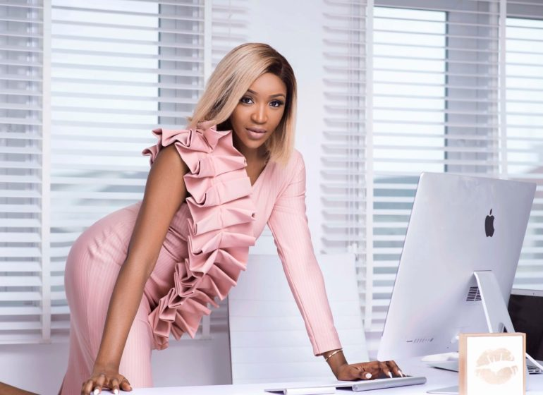 Wardrobe Inspiration: Idia Aisien's Closet is Total Work Chic Goals