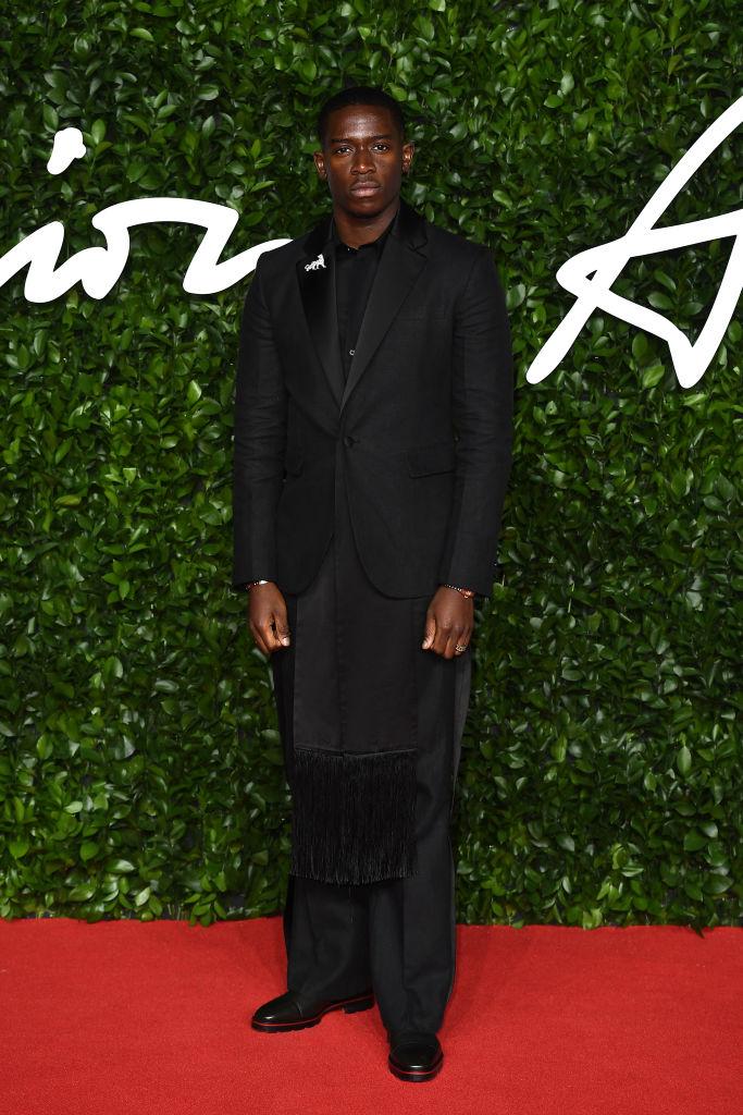A Moment Please For Damson Idris' All Black Ensemble At The 2019 Fashion Awards