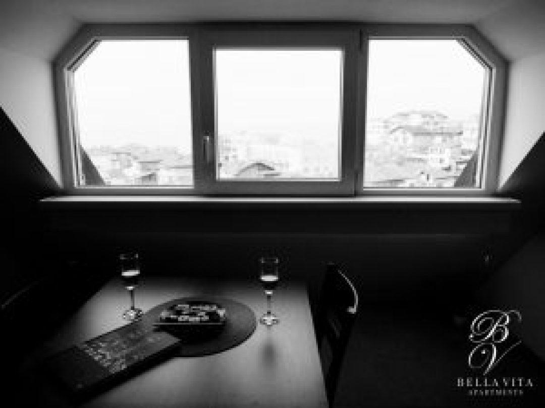 Луксозен апартамент под наем с гледка към Благоевград токи