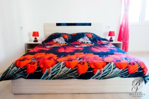 Удобна двойна спалня в луксозен апартамент под наем Благоевград