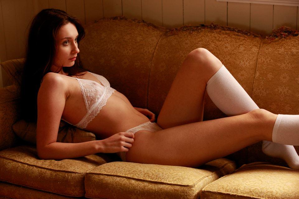 Emma Kent  Female Fashion Models  Bellazon