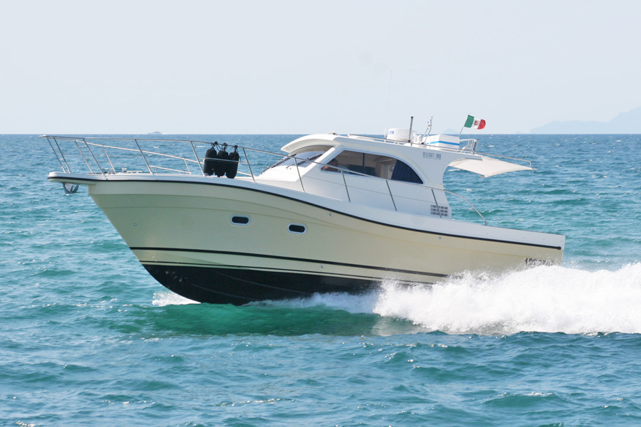 Bellcraft 1000 Sport Fish  Bellcraft  Cantiere Navale