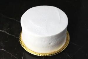 無地デコレーションケーキ