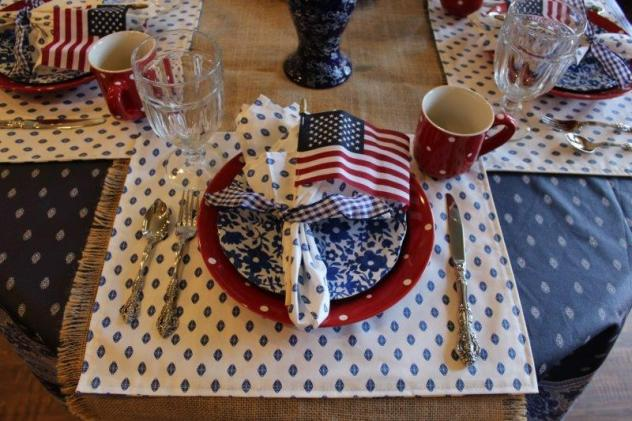 bellebleuinteriors.com-Fourth July Tablescape3