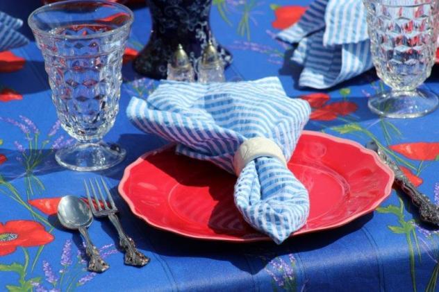 Bellle Bleu Interiors Tablescape 3