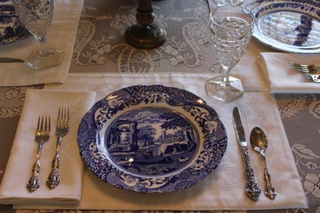Belle Bleu Interiors Blue Italian Tablescape 11