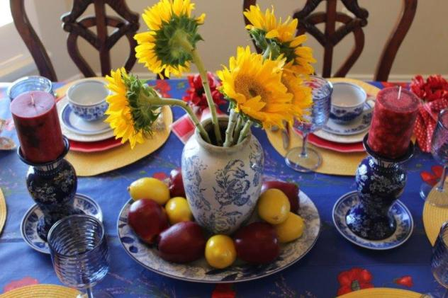 Belle Bleu Interiors Colorful Tablescape 2