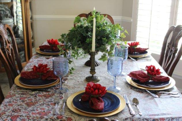 Belle Bleu Interiors Transitional Tablescape 11