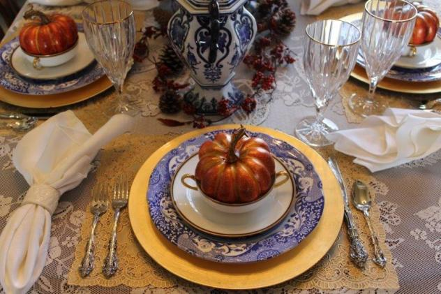 Belle Bleu Interiors Fall Tablescape 8
