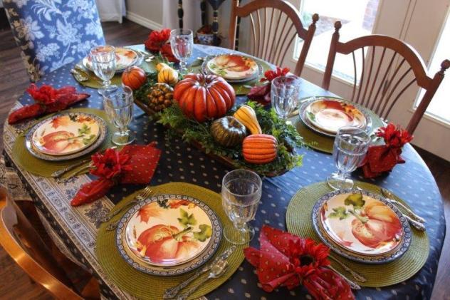 Belle Bleu Interiors Pumpkin Tablescape 12