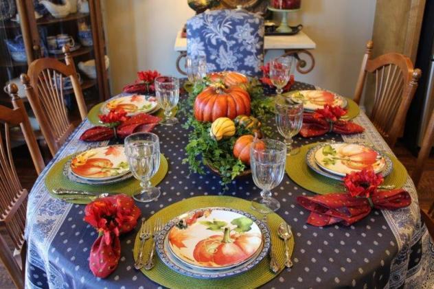 Belle Bleu Interiors Pumpkin Tablescape 7
