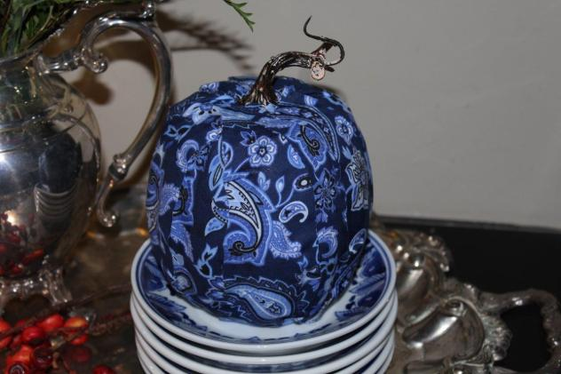 Belle Bleu Interiors Desiging a Faux Pumpkin 9