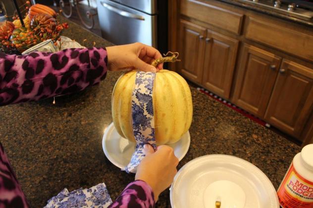 Belle Bleu Interiors Designing a Faux Pumpkin 4