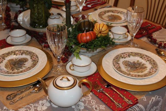 Belle Bleu Interiors Thanksgiving Table 2