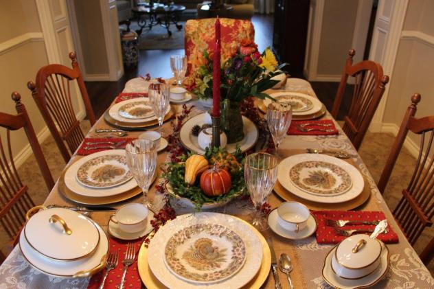 Belle Bleu Interiors Thanksgiving Table 3