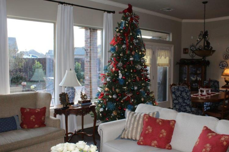 Belle Bleu Interiors Christmas Home Tour 20