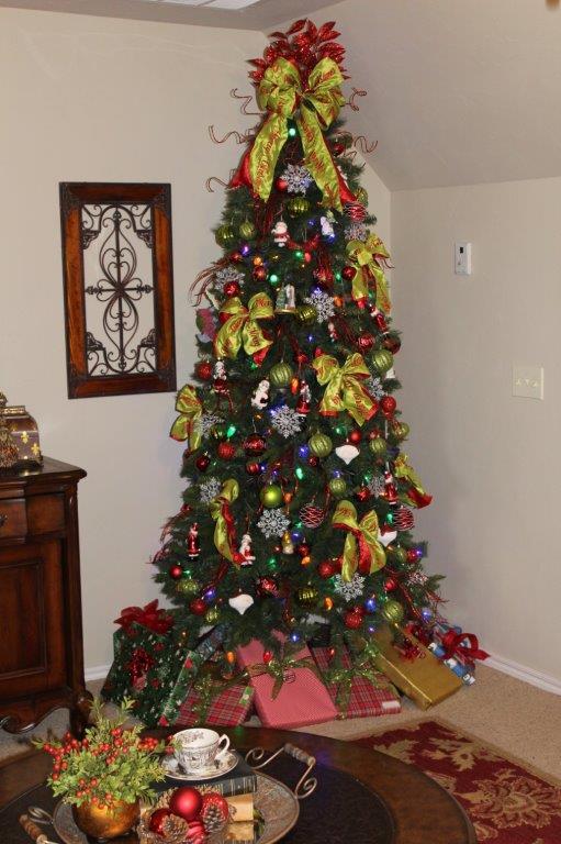 Belle Bleu Interiors Christmas Stairway c
