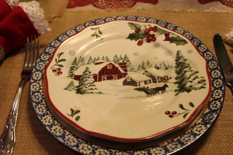 Belle Bleu Interiors Farmhouse Christmas Tablescape 8