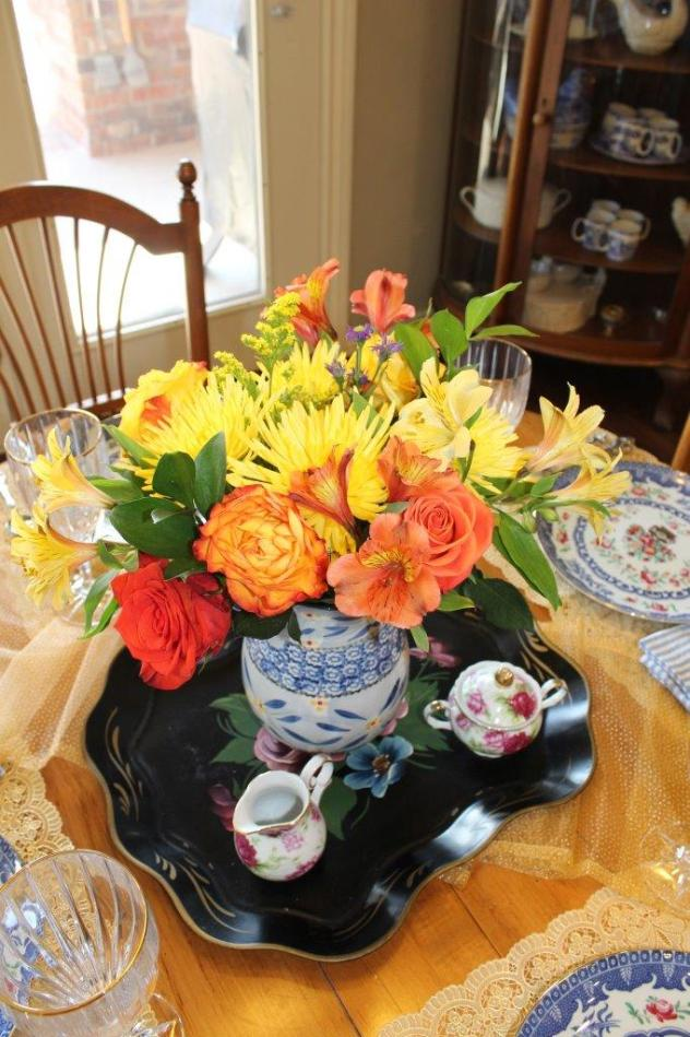 Belle Bleu Interiors A Cheerful and Bright Winter's Table 3