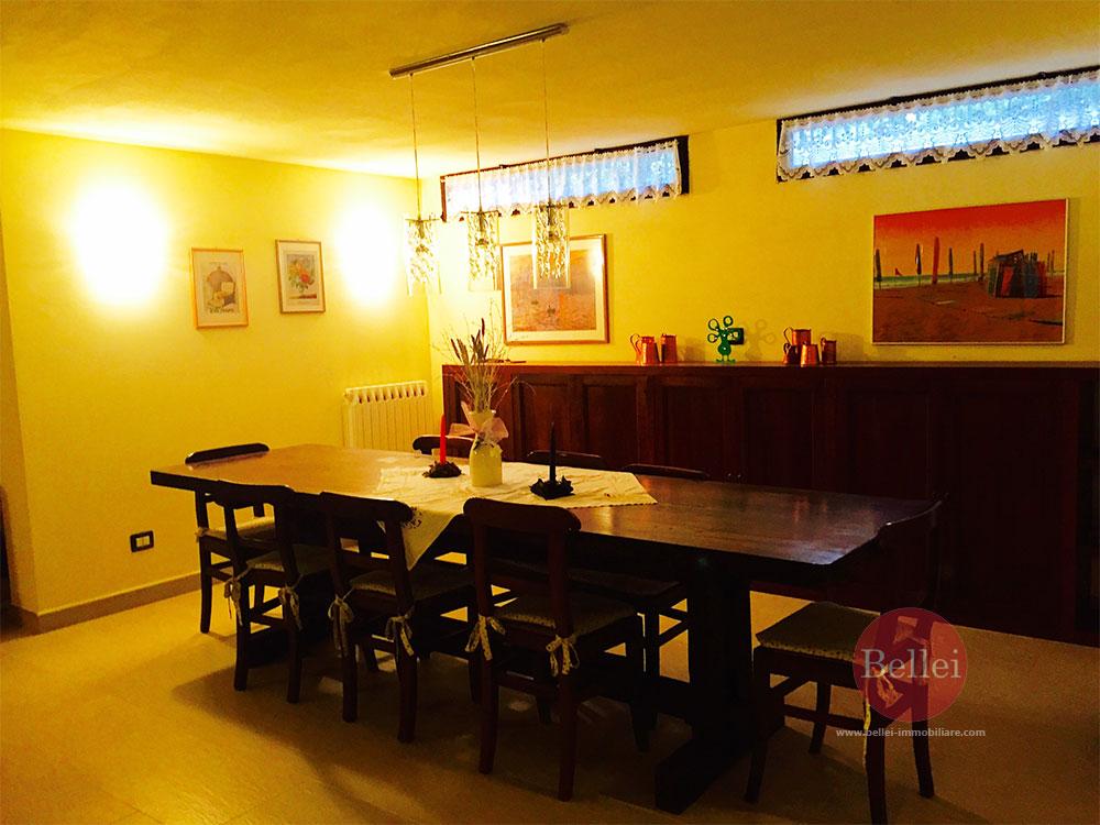 Appartamento ampio e curato in contesto discreto e prestigioso a Sassuolo  Bellei Servizi