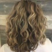 curly hairstyles medium