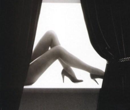 Gambe di donna con tacchi