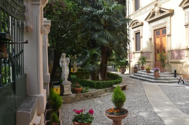 caseperferie IstitutoSuoreRaveDiSElisabetta Firenze FI Toscana