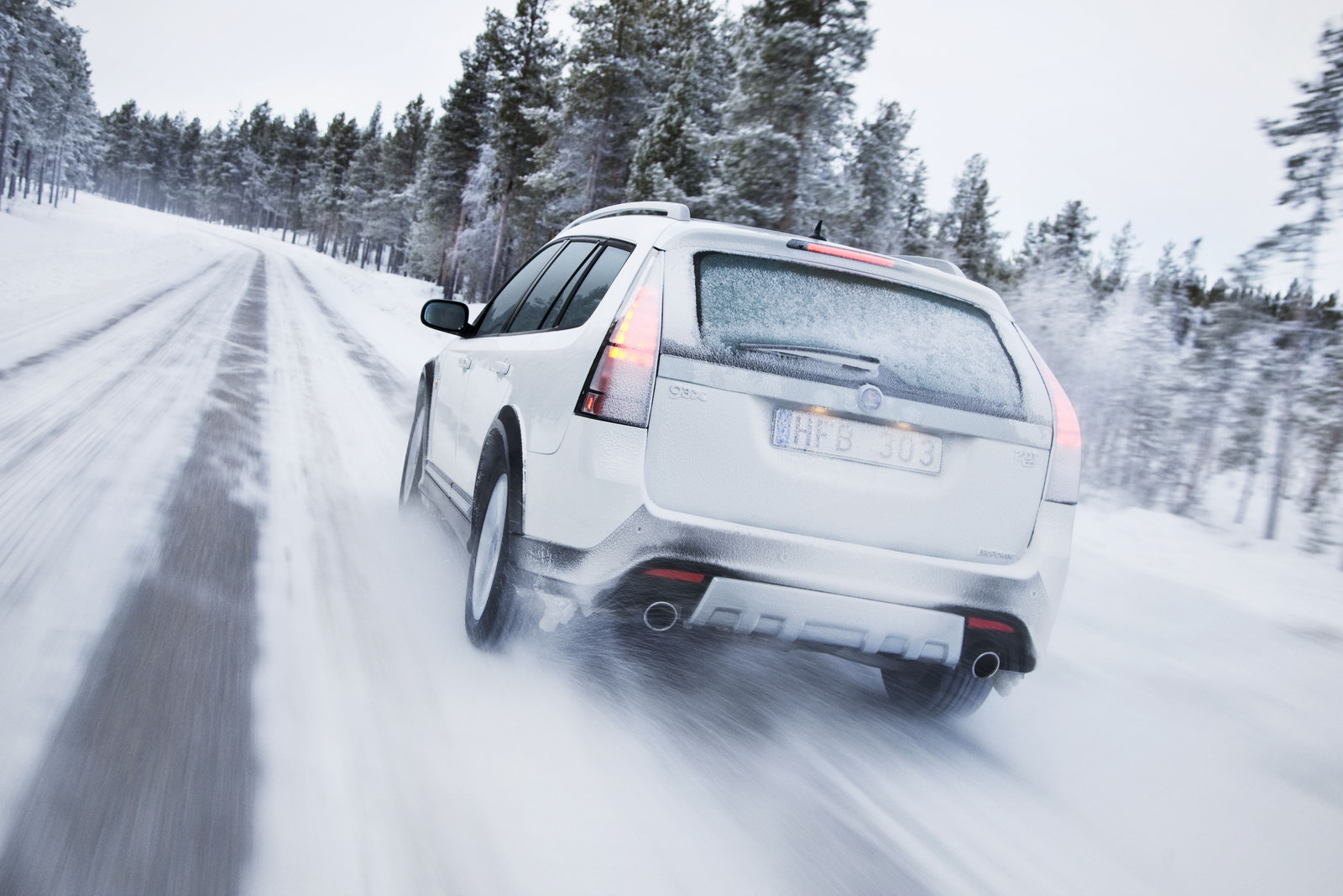 How to Drive a Car in Winter Weather