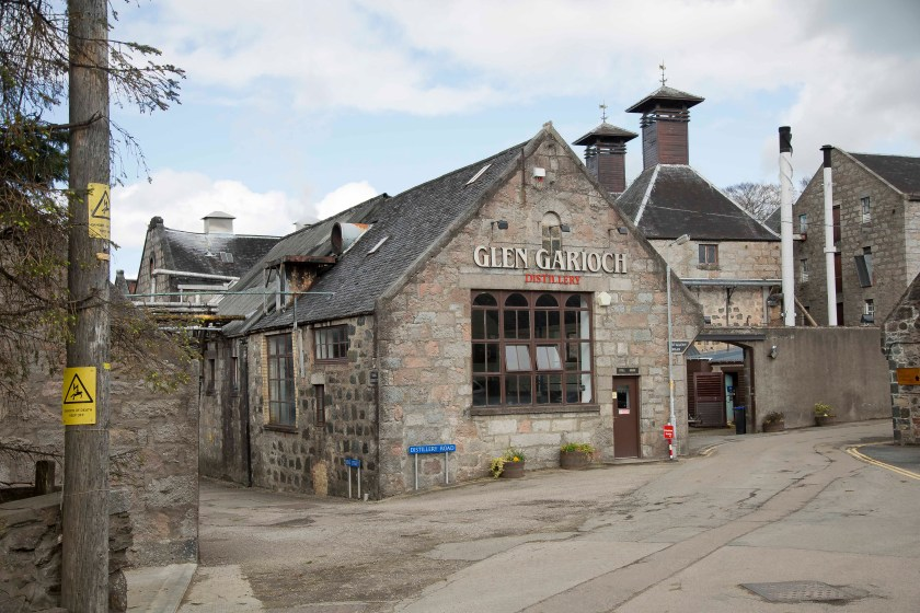 Photo of Glen Garioch distillery.