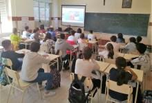 Photo of Exigen que haya una enfermera en cada colegio el próximo curso escolar