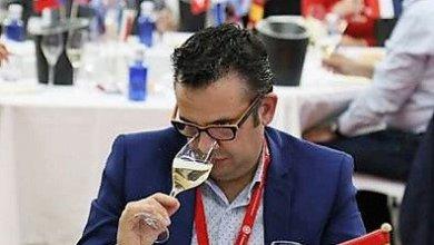 Photo of Marcelino Calvo jurado-catador en el Concurso Internacional de vinos Premios Zarcillo