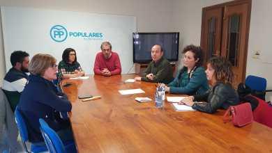 Photo of La Candidata del PP, Beatriz Asensio, se reúne con representantes de AFIBE