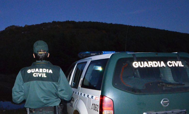 Photo of La Guardia Civil auxilia a dos senderistas perdidos en la zona del 'Vizcodillo' en Requejo de Sanabria