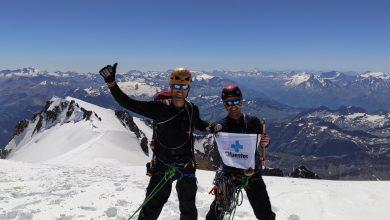 Photo of Félix Ramos y Jorge Manrique alcanzan la cima del Mont Blanc escalando la Integral de Peuterey