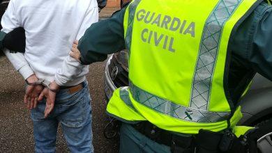 Photo of Detenido en Benavente tras robar en una farmacia e intentar apuñalar a un Guardia Civil