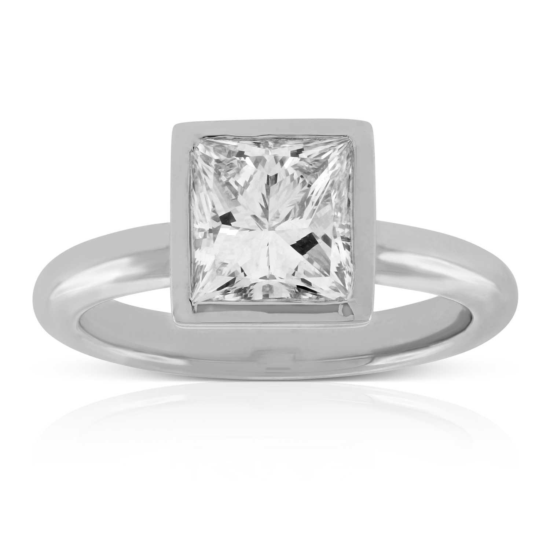 Bezel Set 214 Carat Princess Cut Diamond Ring in Platinum