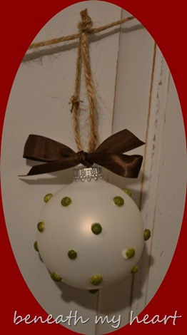 ornament 055