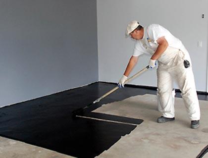 Dipingere un pavimento di calcestruzzo
