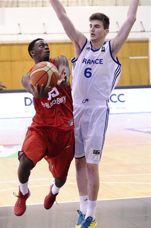 (RED)Daniel Cummings