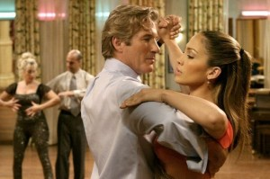 Richard Gere e Jennifer Lopez, nel film 'Shall we dance?'