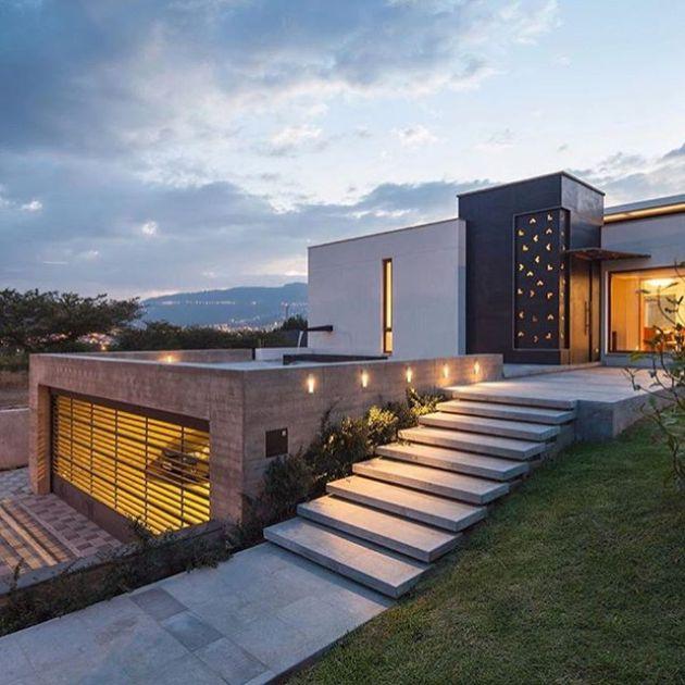 Luxury and Modern Buildings 116