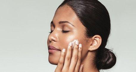 moisturizing your skin/bio with thysiamore