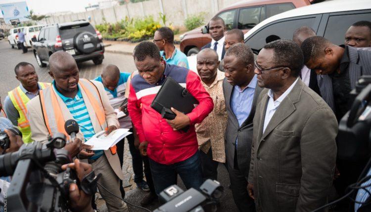 Cyr Koty, le ministre des Infrastructures et des Transports, visite les infrastructures routières en chantier / Photo : beninwebtv.com/Illustration