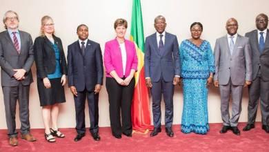 Photo of Le président Talon et le ministre canadien Marie-Claude Bibeau passent en revue la coopération Bénin – Canada