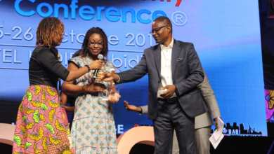 Photo of A Abidjan, le trophée African Women 4 Tech Leader décerné à Aurélie Adam Soulé Zoumarou