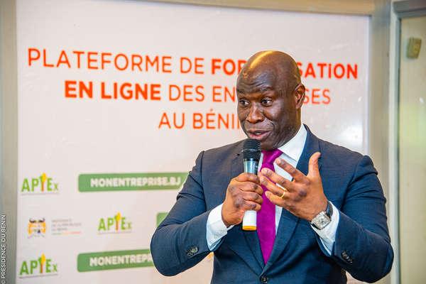 l'apiex-lance-«-monentreprise.bj-»-:-plateforme-de-creation-et-de-formalisation-en-ligne-des-entreprises-au-benin
