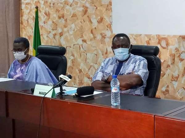 padefa-ena-:-le-ministre-gaston-cossi-dossouhoui-lance-l'execution-des-activites